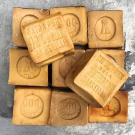 vintage marseille soap 72% 72 percent oil antique 1950 la tour tower