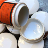 pot jar china porcelain apothecary decor toxic pharmacy chemistry product vintage antique 1920 1900