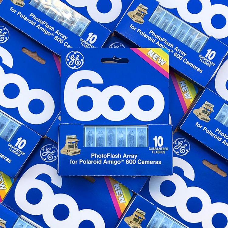 polaroid 600 barrette flashs flash ampoule ancien vintage 1980 photographe photo
