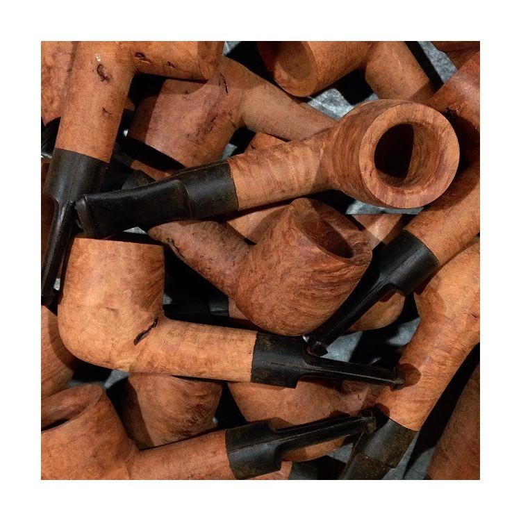 petite pipe en bois st claude racine de bruyère jura atelier 1970