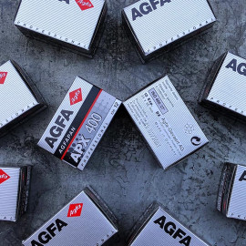 pellicule périmée ancienne film argentique noir et blanc agfa agfapan 400 iso 2002 12 poses