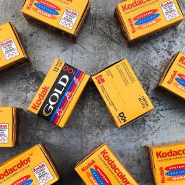 pellicule périmée film ancienne vintage date 1997 couleur négatif kodak gold 100