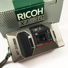 ricoh xf30 silver 35mm f4 compact point and shoot antique vintage flash 1985 analog