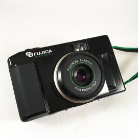 fujica fuji dl 20 dl20 point and shoot analog camera film flash 35mm 135 38mm 4