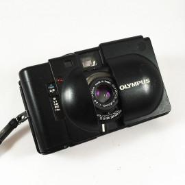 olympus xa 35mm 2.8 analog camera vintage film rangefinder small compact zuiko