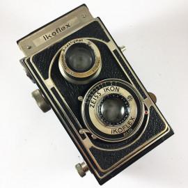 zeiss ikon ikoflex tlr twin lens novar anastigmat 80mm 4,5 analog camera medium format antique vintage photography photo film