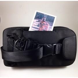 polaroid originals black bag vintage sx-70 2018 photo