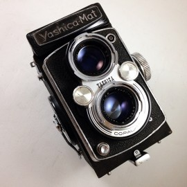 yashica mat yashinon 80mm 120 tlr reflex moyen format 6x6 argentique photo photographie