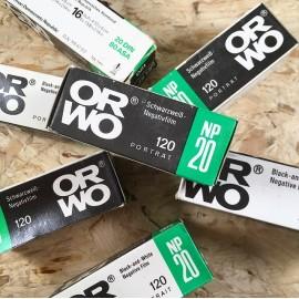 pellicule argentique périmée péremption noir et blanc orwo np20 ancien stock vintage film 120