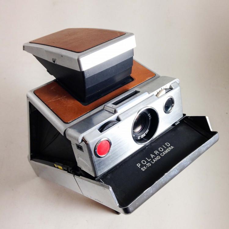 polaroid ancien vintage sx-70 reflex classique instantané 1970 1980