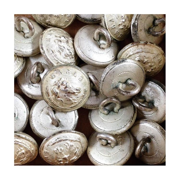 bouton haras militaire ancien vintage métal mercerie 1930 15mm