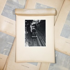 ficelle photo rotogravure lyon black and white photography city paper bookstall 1930