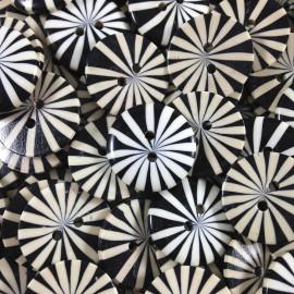 bouton plastique marguerite noir ancien vintage fantaisie mercerie 1960 19mm