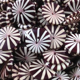 bouton rouge violet 1950 1960 fantaisie 22mm ancien ancienne marguerite fleur