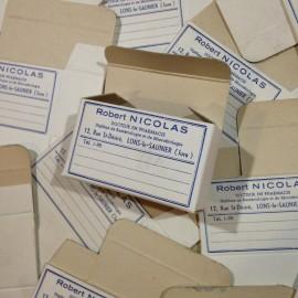 robert nicolas petite boite pharmacie ancien vintage papier pharmacie 1940