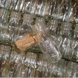 petit flacon petite fiole bouteille en verre ancienne ancien 1930 1940 pharmacie