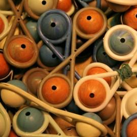 siffleur en plastique jouet enfant récré récréation pastique petit 1960 vintage ancien
