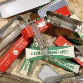seringue hypodermique ancien vintage verre pharmacie 1950