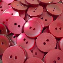 bouton fantaisie plastique rouge incurvé ancien vintage 18mm mercerie 1960