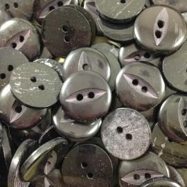 bouton oeil fente noir ancien vintage mercerie 1960 18mm