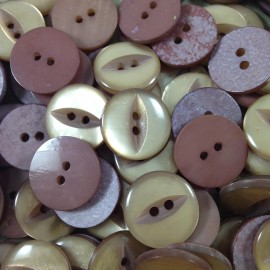 haberdashery antique vintage button grey purple plastic 18mm 1960 eye slot