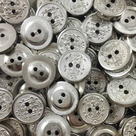bouton ancien vintage mercerie argenté blason 10mm fantaisie