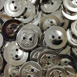 bouton argenté blason ancien vintage mercerie plastique 18mm 1960