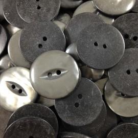 bouton gris oeil fente ancien vintage mercerie plastique 22mm 1960
