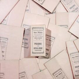 poudre réglisse little pink box robert nicolas pharmacy 1940