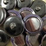 ancien vintage métal bouton plastique rubis violet 36mm mercerie 1930