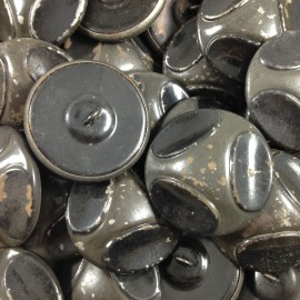 grand bouton gris métal ancien vintage mercerie 1930 36mm