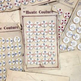 carte 24 boutons fleuris ancien vintage blanc plastique mercerie 1930 20mm