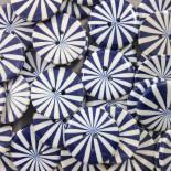 bouton marguerite bleu plastique ancien vintage mercerie 1960 22mm