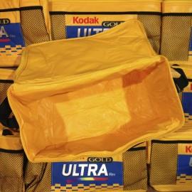 sac sacoche kodak glacière ancien vintage gold ultra photographie pellicule magasin photo 1990