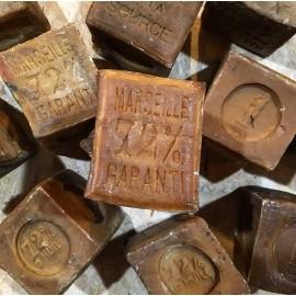 vintage marseille soap 72% 72 percent oil antique 1930