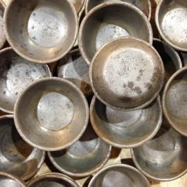 moule métal patisserie confiserie ancien vintage fer blanc ferblantier rond 1950
