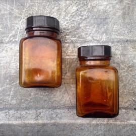little glass jar vintage 1930 125ml 0.125ml pharmacy ether army antique orange bakelite cap