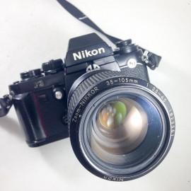 nikon f3 prisme reflex 35-105mm zoom nikkor noir 135