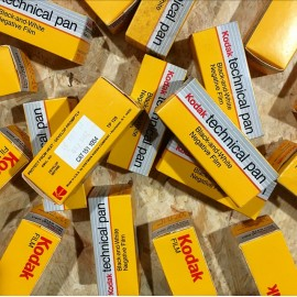 expired film vintage analog  kodak technical pan 25 black and white 25 ISO film 120