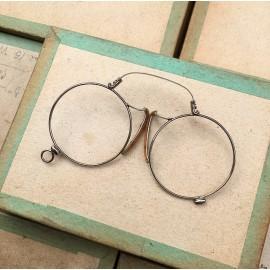 glasses spectacles vintage antique 19th century antique antiques metal 1880 1870 round oscar binocles nose pliers