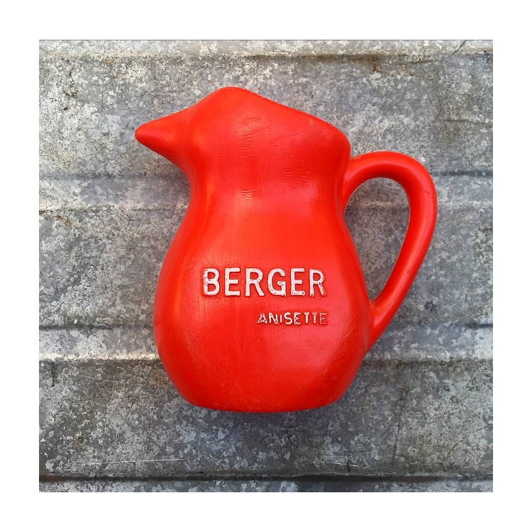 pichet berger anisette rouge plastique 1970 bar