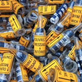 little magnet bottle secret message antique vintage plastique factory 1970