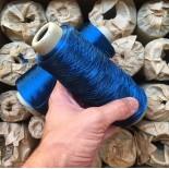 bobine cone carton fil bleu brillant atelier ancien stock filature 1950 vintage