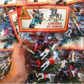 sachet cowboy cow-boys indiens pyragric jouet 1980 plastique blister vintage macau