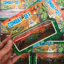 armée combat set soldat pyragric jouet 1980 plastique blister vintage hong kong