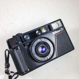 nikon l35af ad dos  dateur compact autofocus 35mm 2.8
