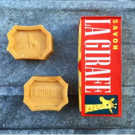 box pack of 2 soaps soap vintage antique 1950 1960 la girafe 400grs 400 grams