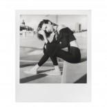 pellicule polaroid originals film SX70 impossible project noir et blanc 1000 bord blanc