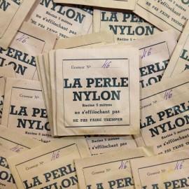 la perle nylon papier sachet fil pêche poisson ancien vintage magasin 1930