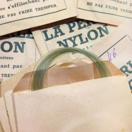 la perle nylon little paper bag antique vintage fish fishing 1930